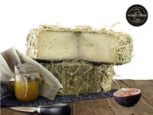 Latteria di Grotta - Verfijnde kaas 10 mnd gerijpt