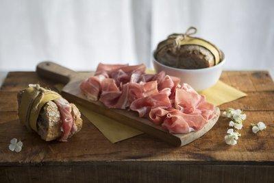 Italiaanse ham San Daniele